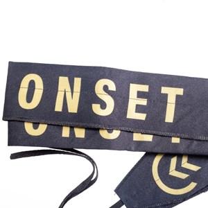Munhequeira Cross Strength Wrap Onset Fitness - Black/Gold