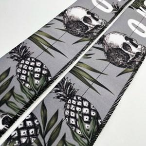 Munhequeira Cross Strength Wrap Onset Fitness - Pineapple Skull