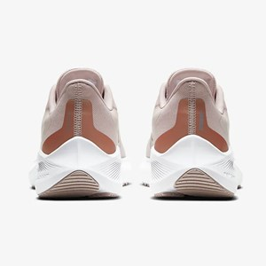 Tênis Nike Air Zoom Winflo 7 - Barely Rose